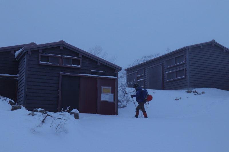 冬の塩見小屋