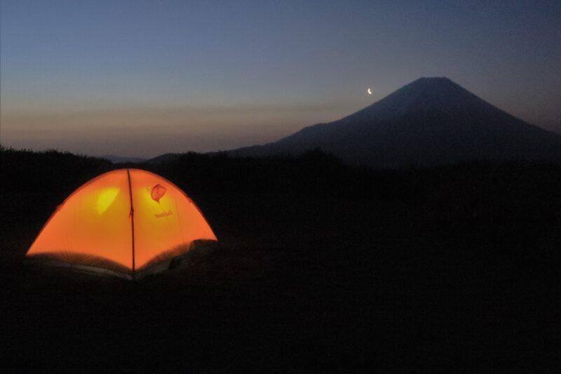 富士山山麓に設営したテント