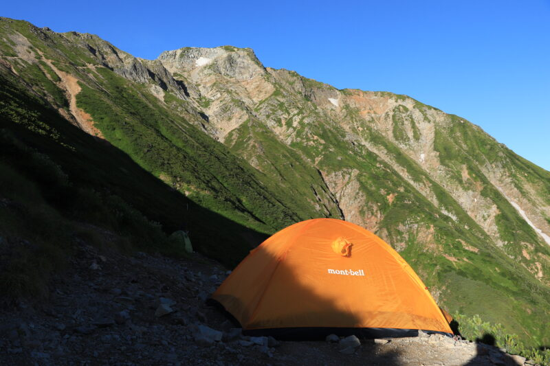 五竜山荘で設営したテント